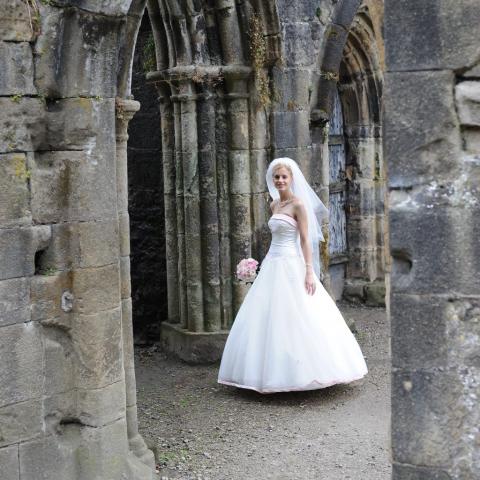 Lifestylefoto.com Wedding Photography - Whalley Abbey & Gatehouse