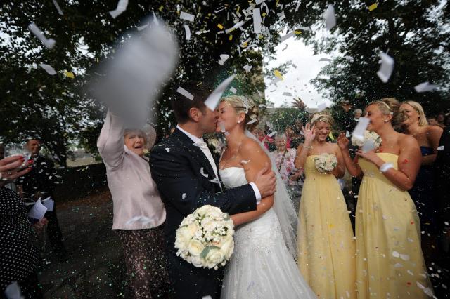 Lifestylefoto.com Wedding Photography - Confetti & Co
