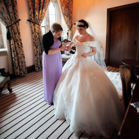 Lifestylefoto.com Wedding Photography by John Grayston - Michaela all Ready at Peckforton Castle