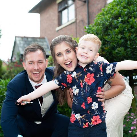 Lifestylefoto.com Wedding Photography by John Grayston - Alive & Kicking